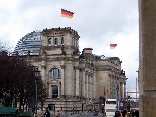 Reform der Insolvenzanfechtung. Das ging schnell: Nach jahrelangem zähen Ringen (und zwischenzeitlich absoluter Stille) passierte die Gesetzesnovelle vergangene Woche überraschend den Bundestag. Foto: Public Domain
